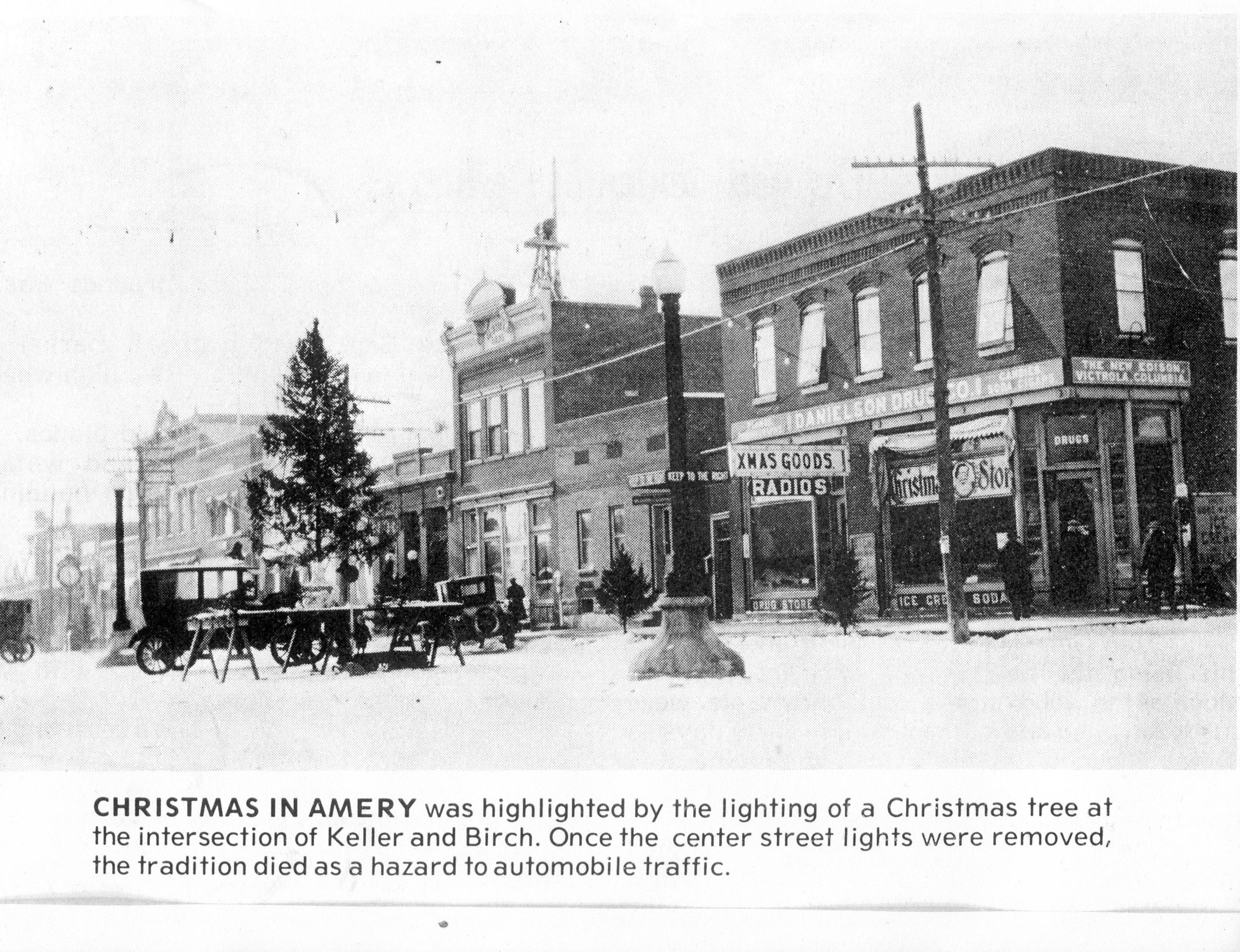 Other - Christmas in Amery 1920s